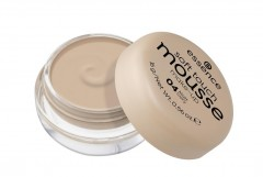 essence Puder v peni soft touch odt. 04 matt ivory